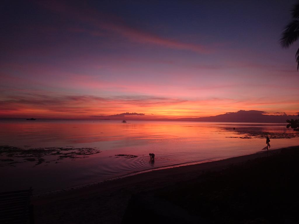sunset view of Best hostel with an in-house party - Chillout Hostel & Bar, Siquijor