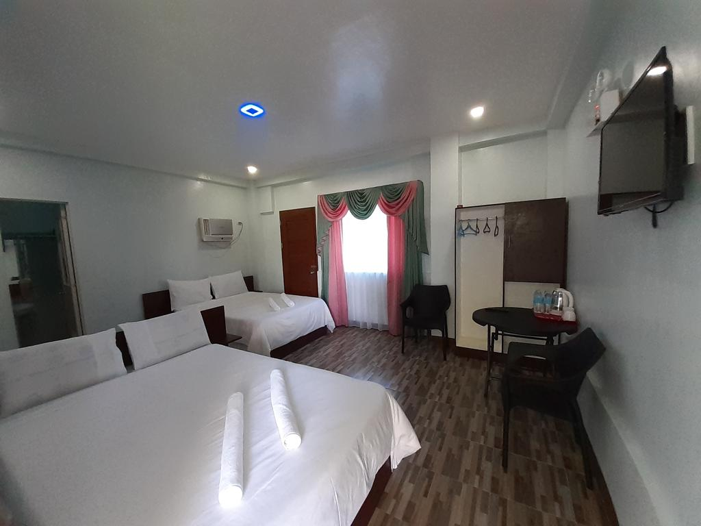 family bedroom at Swaki-Han Guest House
