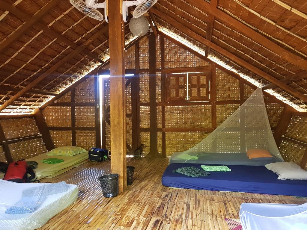 Best hostel in Siquijor with a mini-farm - Nomads Eco-guesthouse, Siquijor